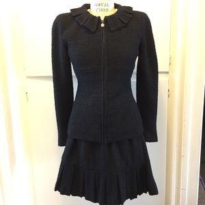 💯 Auth Chanel black boucle lady suit 36 2
